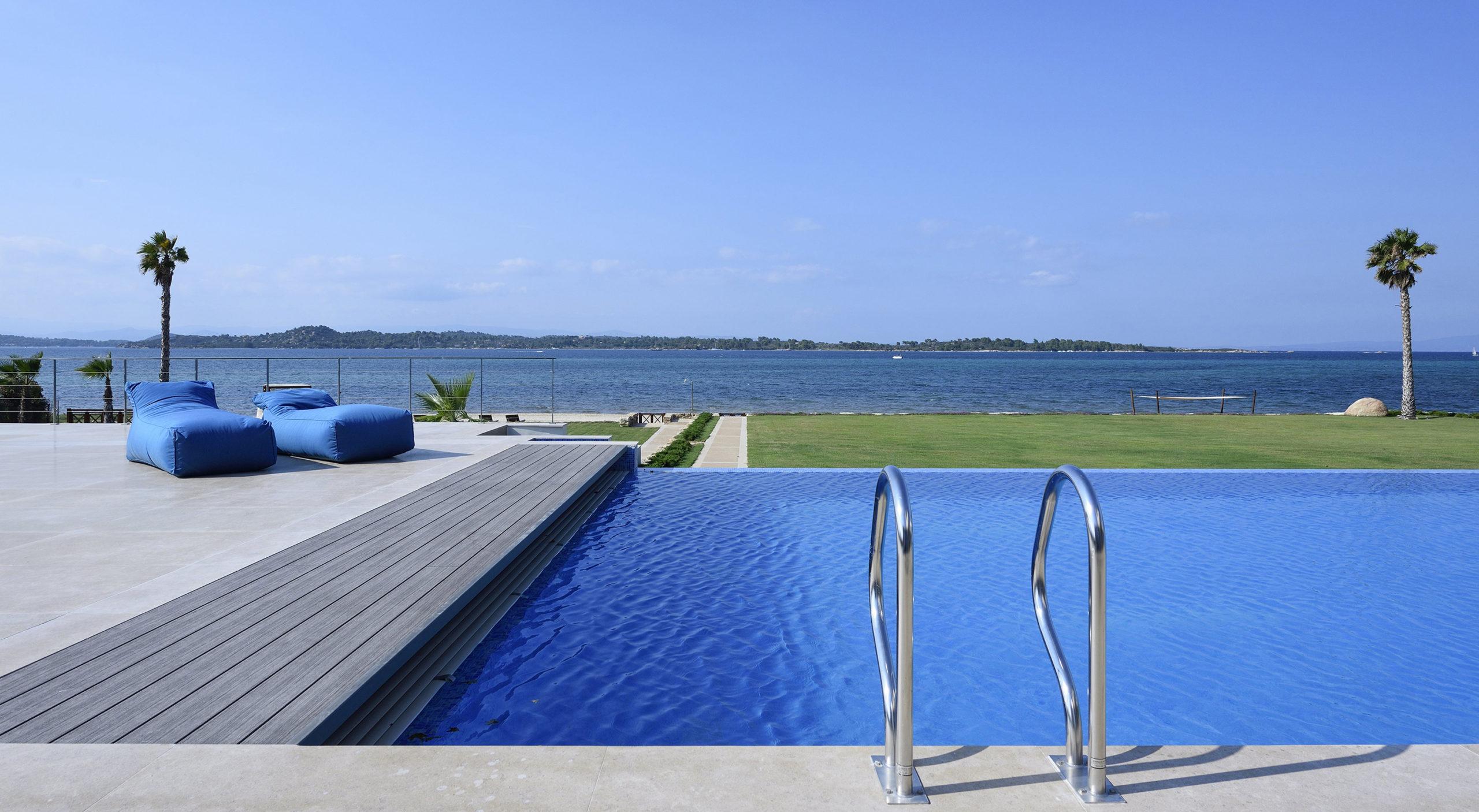Villa Natalia Pool at morning